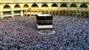 আজানের শব্দে পরিবর্তন : ইসলামের নির্দেশনা